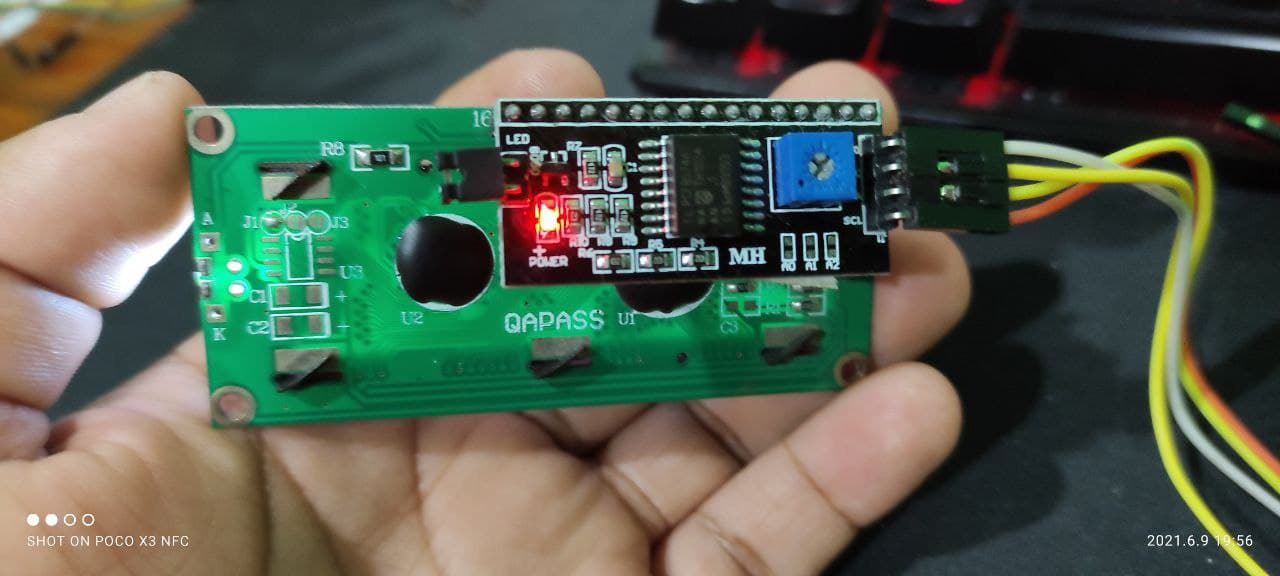 Conexión trasera I2C con LCD de 16 x 2